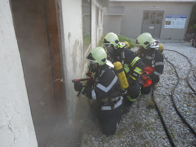 Atemschutz übung und Einsatz Bezirksgerricht 024