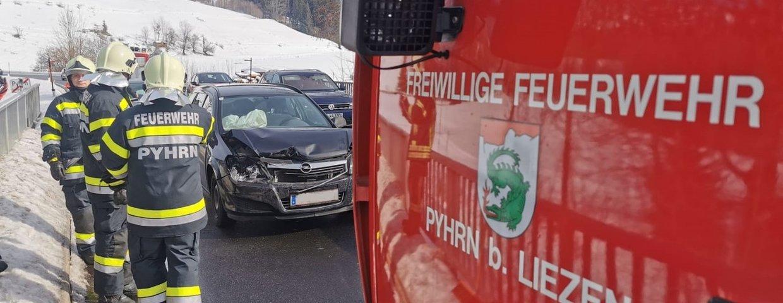 Verkehrsunfall auf B138